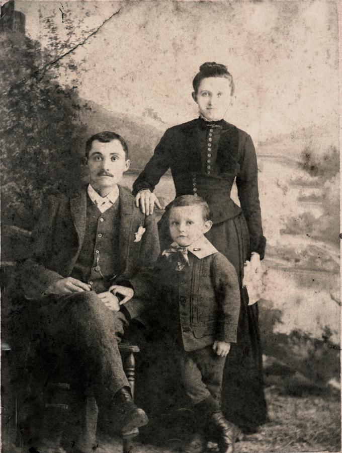 ira_fosterandfamily2.jpg