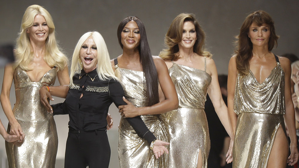 "Donatella Versace, Gianni's sister, during her ""Gianni Versace Tribute"" runway collection last Fall/Winter 2017."