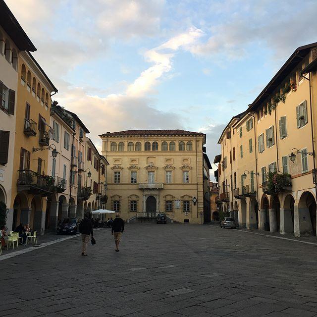 Visiting the subalpina città Biella and the delicious osteria Due Cuori #architecture #piedmont #piemonte #biella #alpine #italy #slowfood #cucinapiemontese