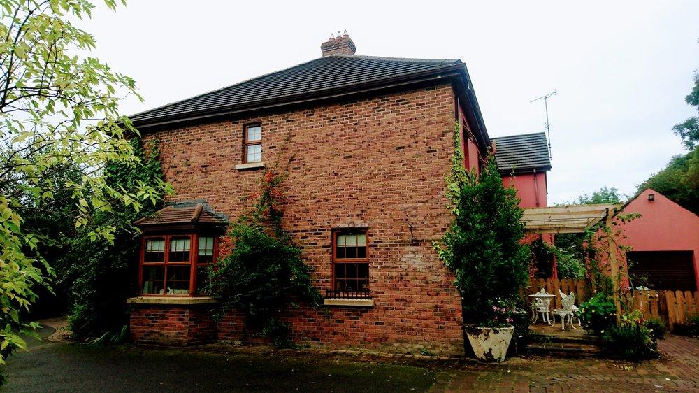 Tirconaill Lodge,Sligo Rd, Scaffog, Enniskillen BT74 5JL, UK, (044) (0)28 6632 6368 http://www.tirconailllodge.com/