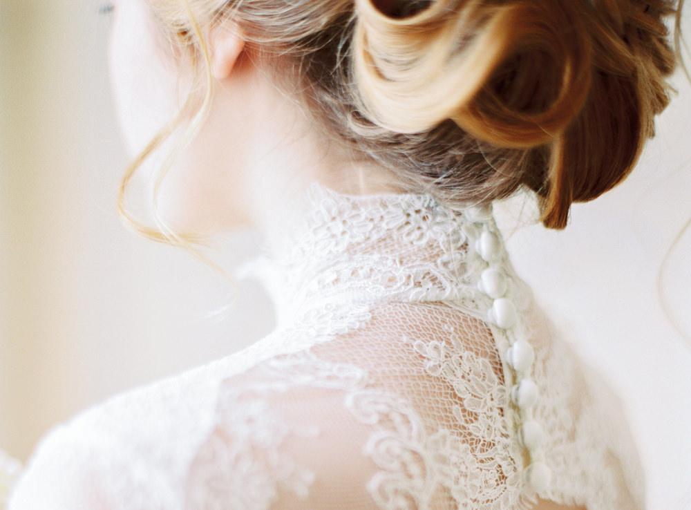 timeless bride wedding portrait with elegant wedding dress