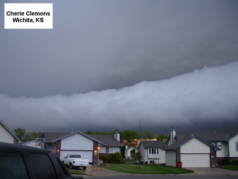 067-ShelfCloud.JPG
