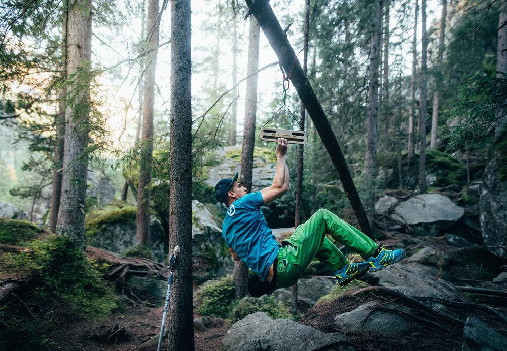 problemsolver-portable-hangboards-fingerboards-climbing-bouldering-streetworkout.jpg