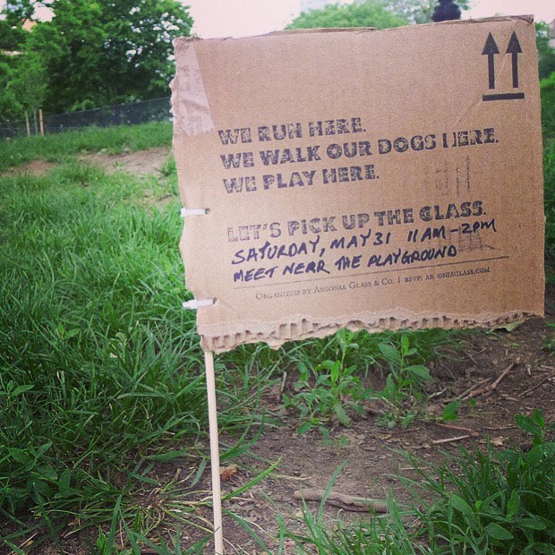 One of the many signs that I placed along the running trails in Fort Greene Park before each volunteer glass clean-up.
