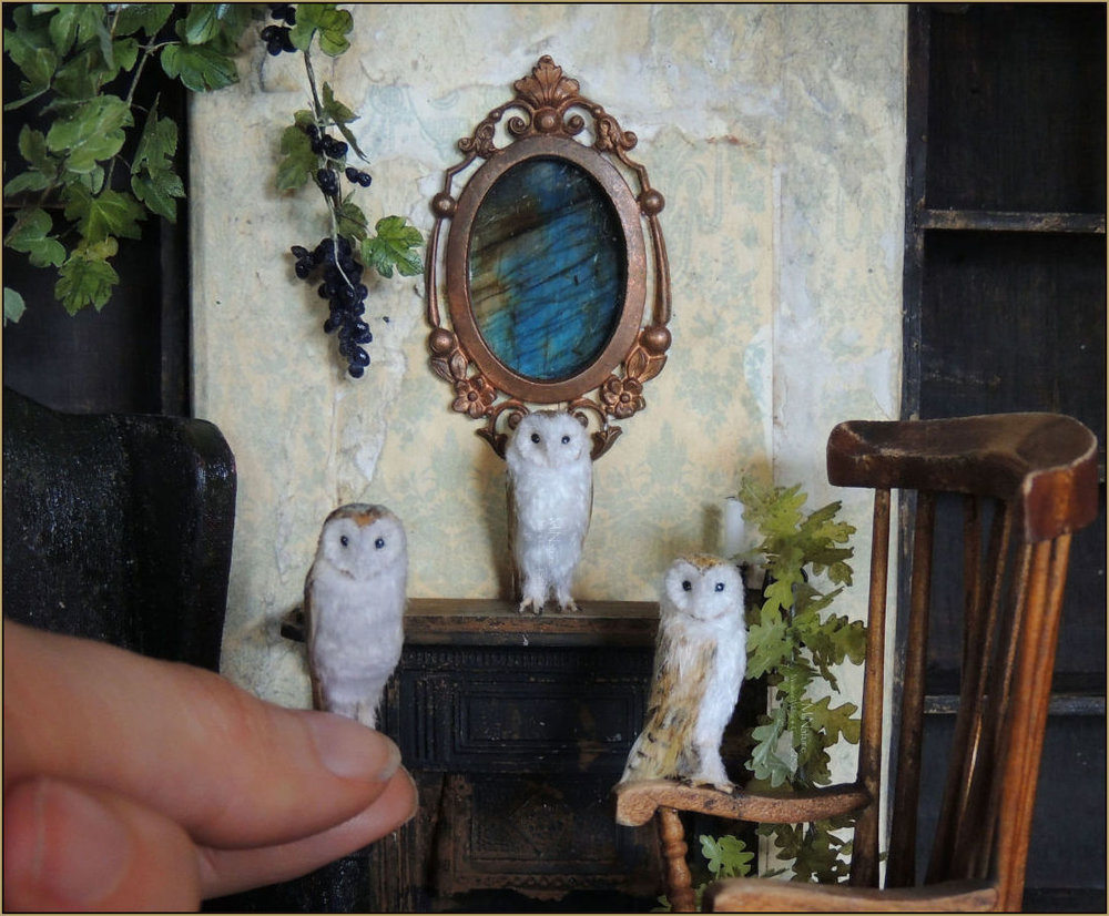 Scale: 1:12    Dimensions: 2.08cm high    To be notified when commissions for barn owls are being accepted or are available for purchase in future please request to be added to the    mailing list   .