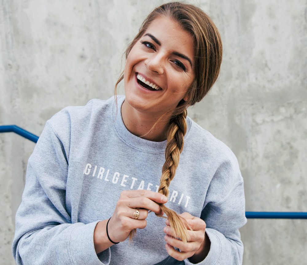 Wellness blogger, social media strategist, and real human being based in beautiful Bozeman, Montana. Welcome to  The Wellness Rookie ; a site dedicated to creating community in the health and fitness world by giving you the rookie advice you need from the wellness expert you can relate to.   #GIRLGETAFTERIT