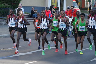 320px-Berlin_marathon_spitzengruppe_3