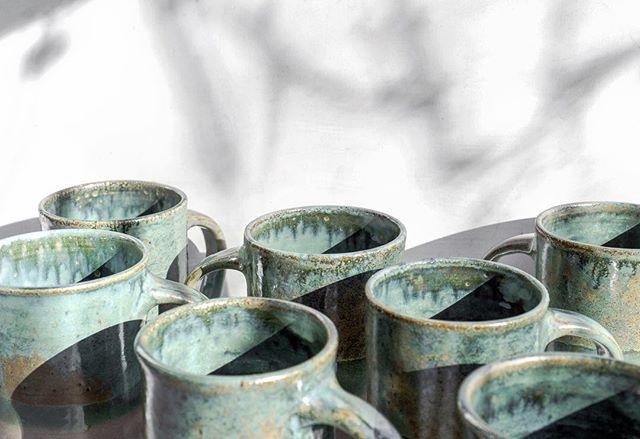 @lamplighterbrew beer steins 👀 #ceramics #pottery #handmadeceramics #handmade #potsinaction #wheelthrown #mv #marthasvineyard #glaze #madeinaskutt #clay #stoneware #skuttkilns #ceramicsaretrending #cremerging