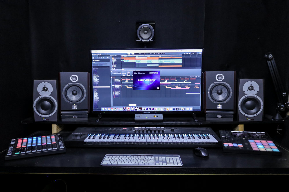 Studio A - Controlroom2.jpg