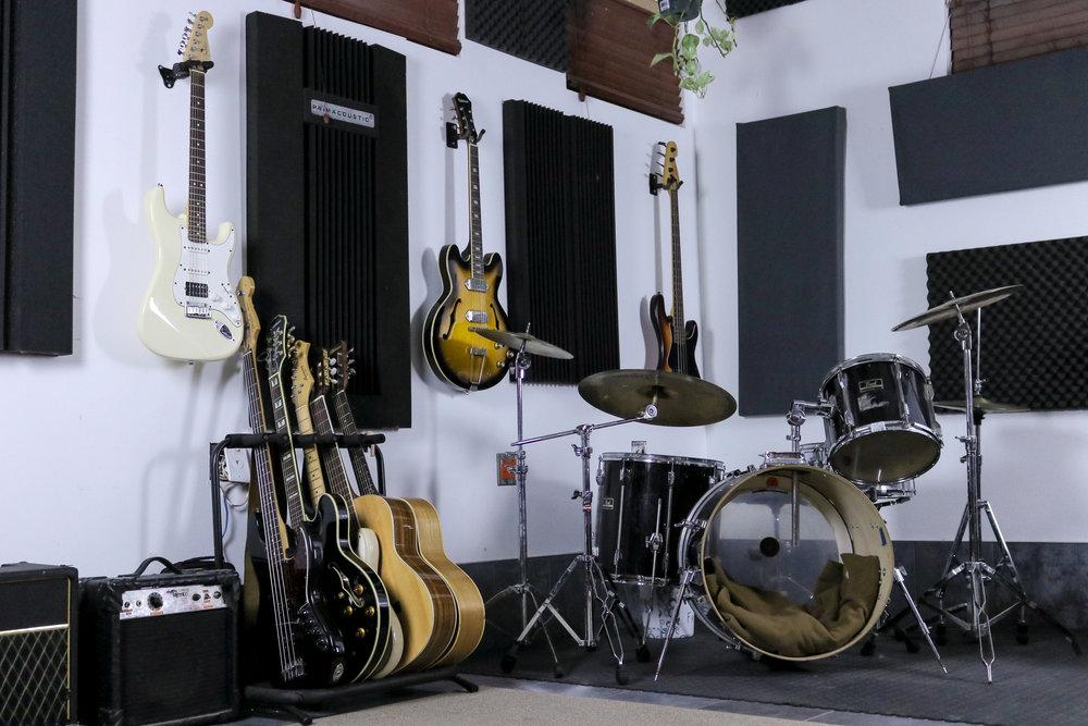 Live room - Drum1.jpg