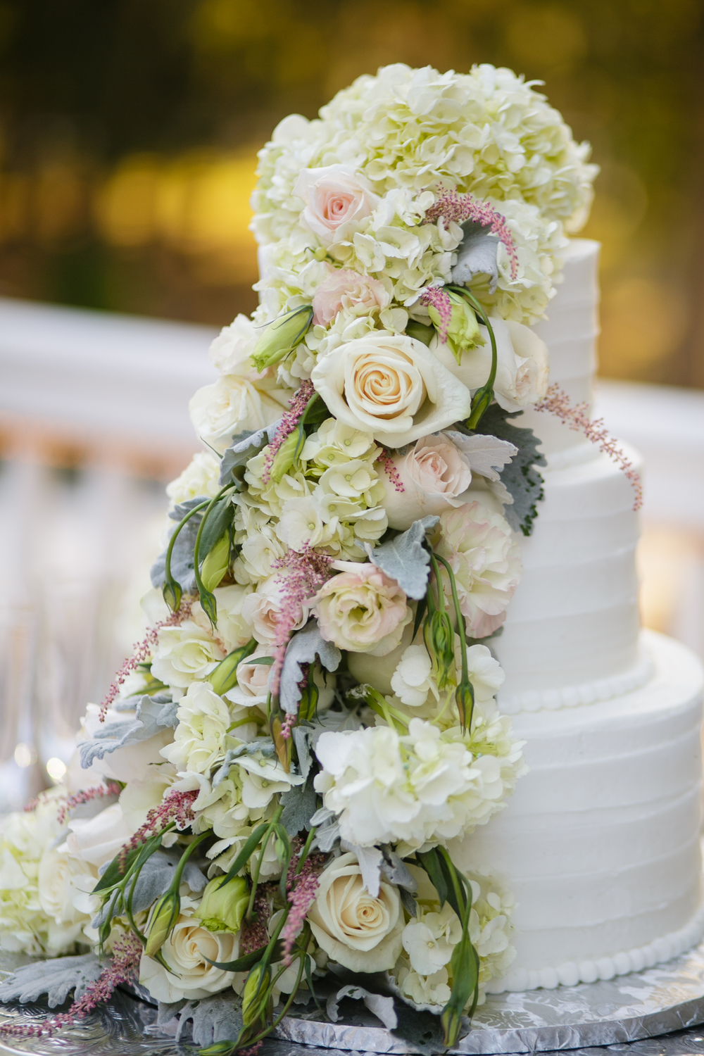 savannah-wedding-magnolia-leaf-details-savannah-soiree