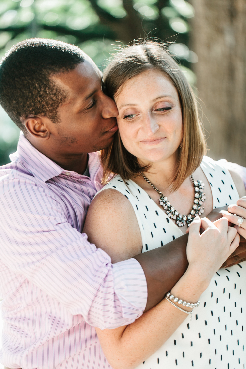 engagement-session-at-forsyth-park