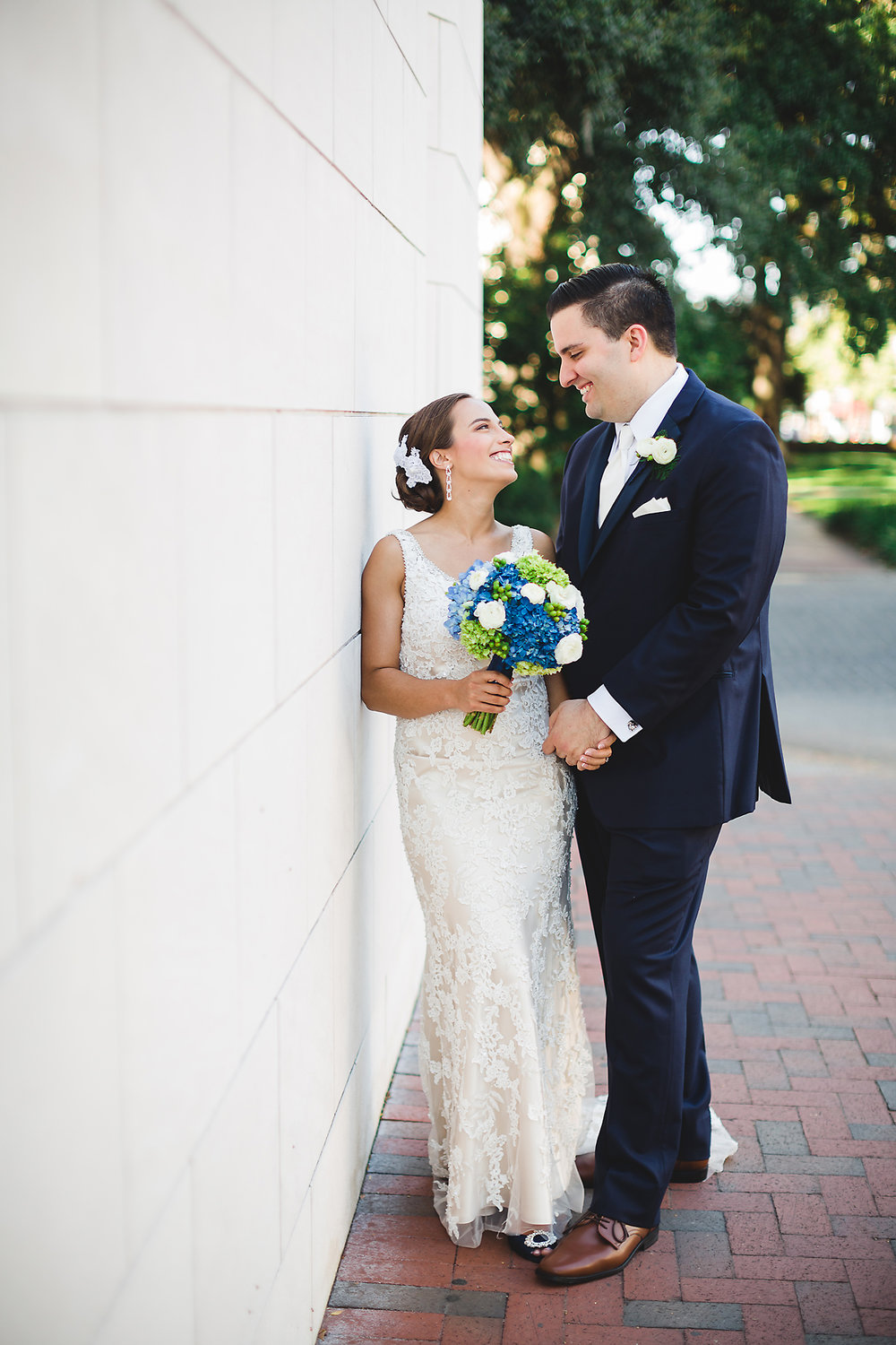 elegant-navy-wedding-at-savannah-station