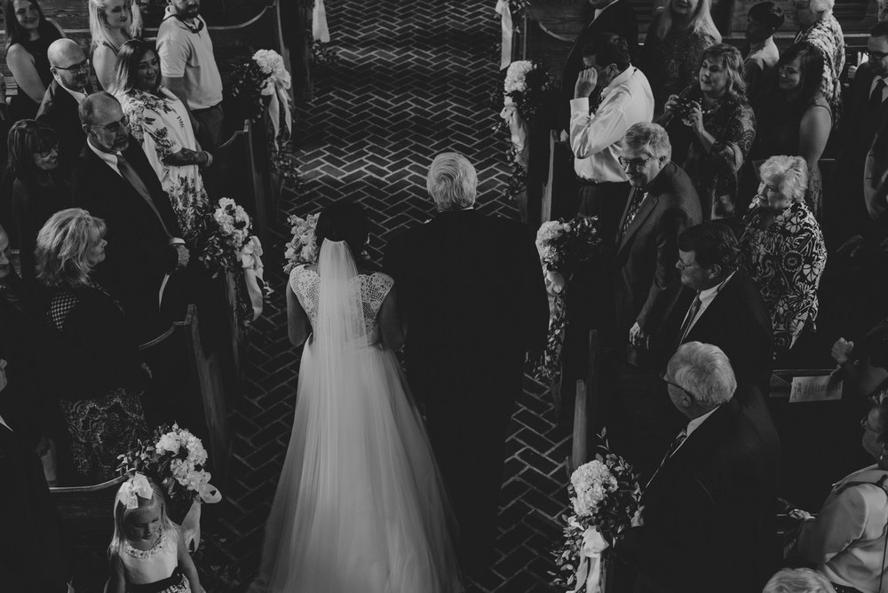 charming-black-and-white-wedding-at-whitefield-chapel