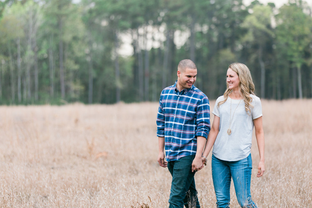 engagement-session-at-wormsloe-plantation