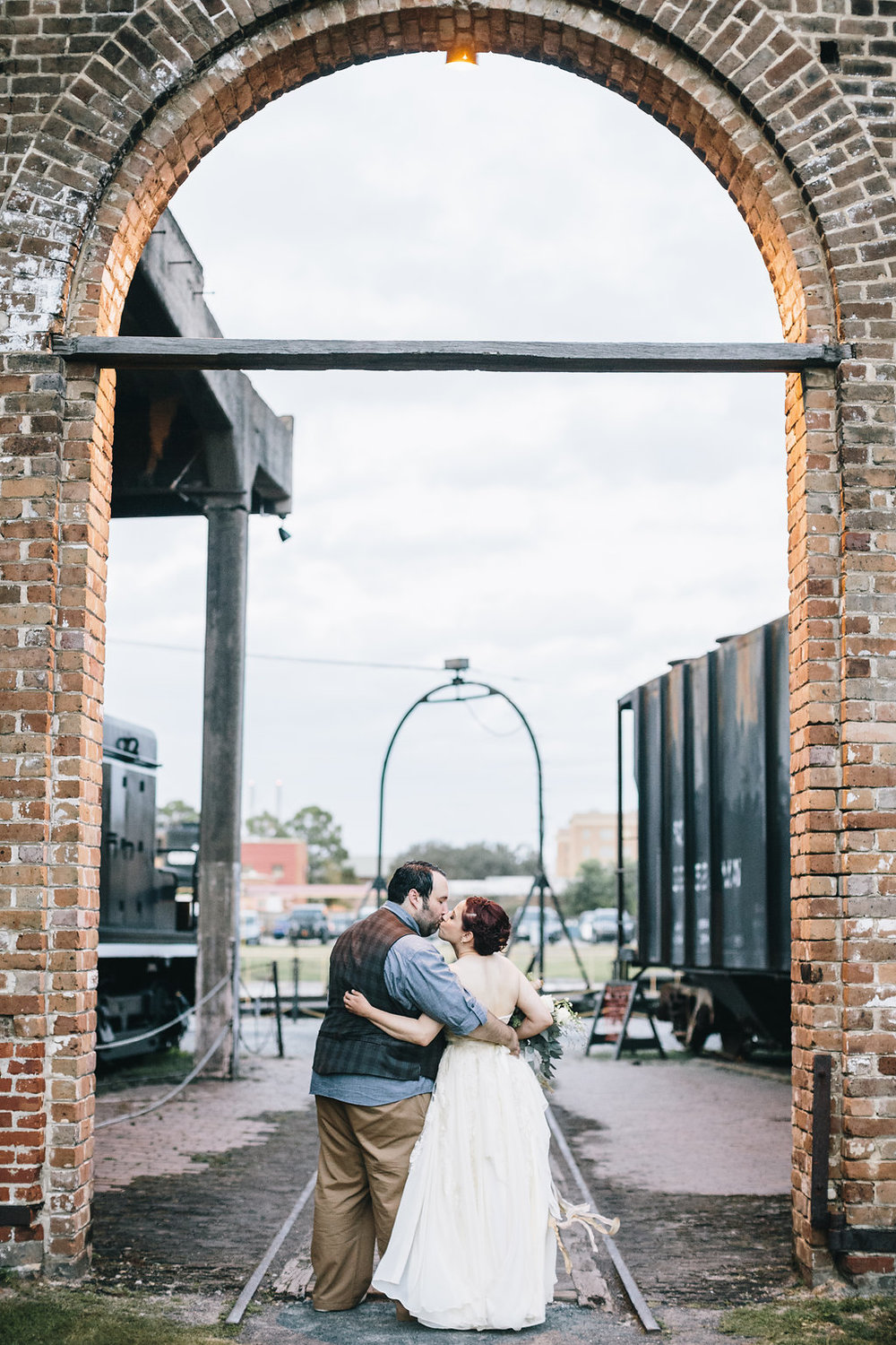 diy-wedding-at-roundhouse-railroad-museum
