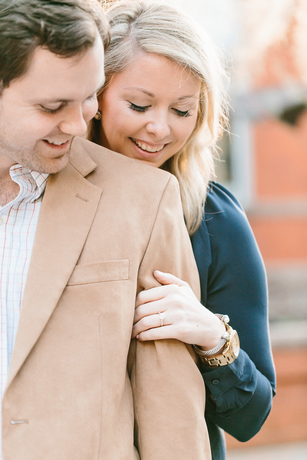 fall-engagement-session-in-downtown-savannah