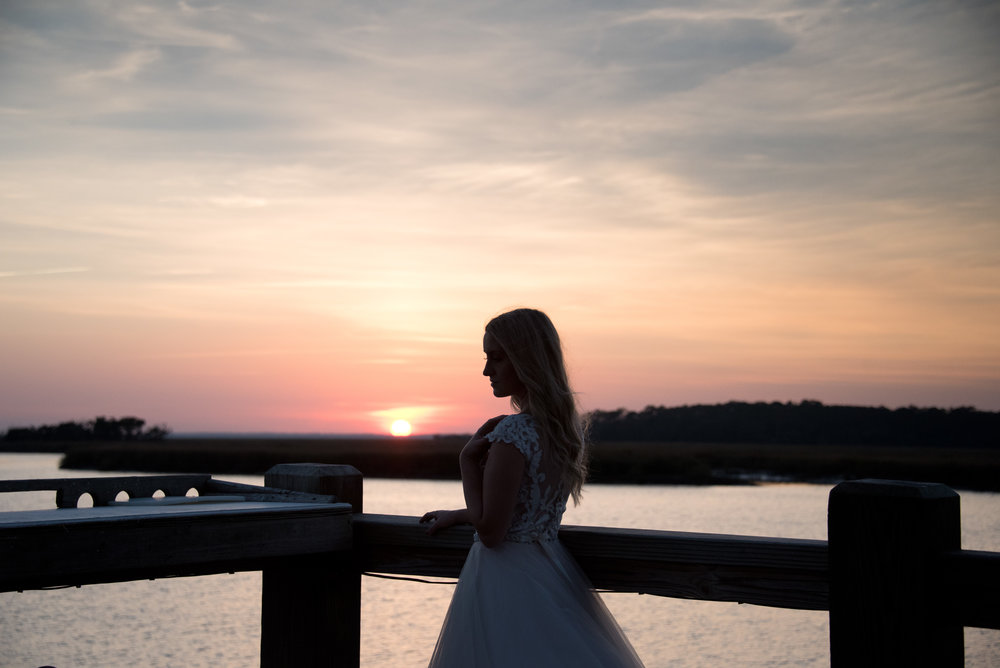 bridal-portraits-at-golden-hour-savannah-soiree