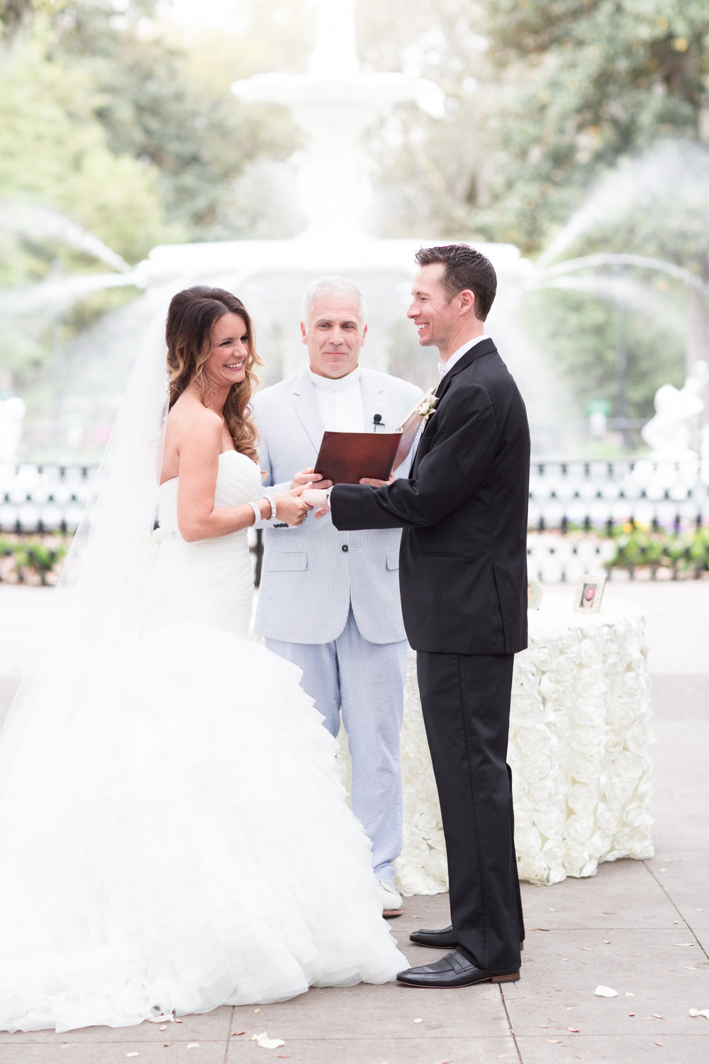 wedding-at-forsyth-park-savannah-soiree