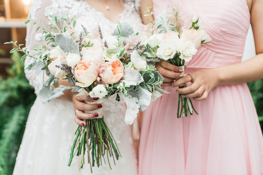 Bouquet by  Ivory & Beau  | Photography by  Apt. B Photography