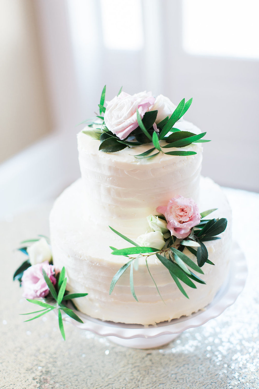 Cake  Thrive Catering , Photography by  Apt. B Photography