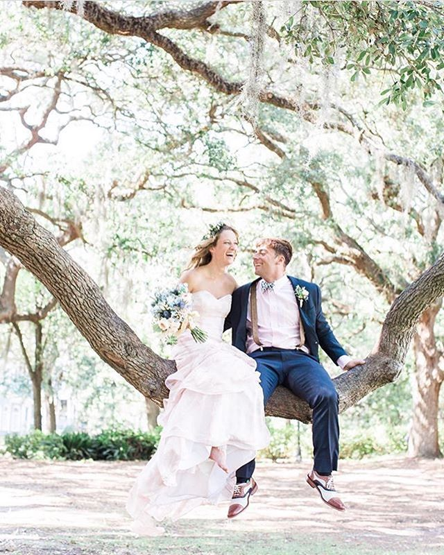 We love how fun and carefree this precious #brideandgroom captured by @aptbphoto are! Make time for movements like these on your wedding day, y'all. We promise you won't regret it!  Wedding Vendors: Photography @aptbphoto Florals @urbanpoppyshop Gown @ivoryandbeau