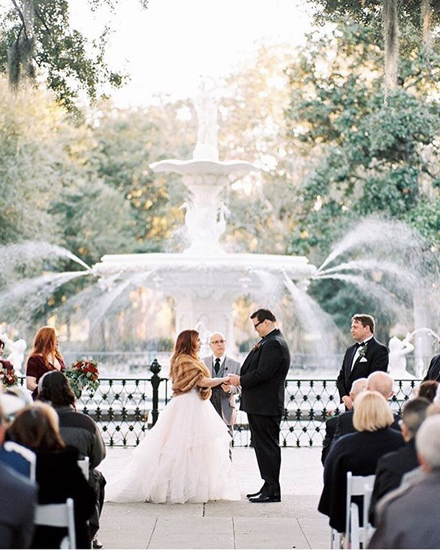 @itismeganjones #winterwedding captured by @rebeccahollisphotography is pure perfection! Let us know if you're planning a winter #savannahwedding in the comments below!