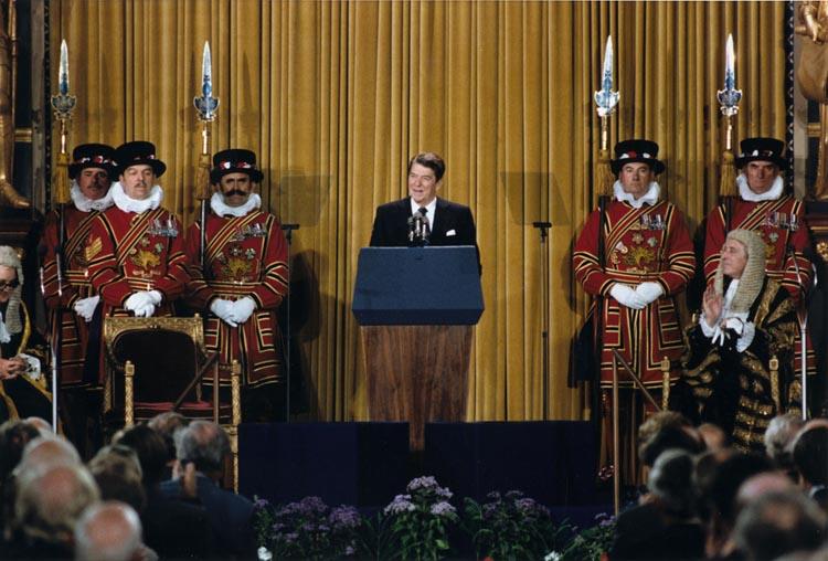 President_Reagan_addressing_British_Parliament,_London,_June_8,_1982.jpg