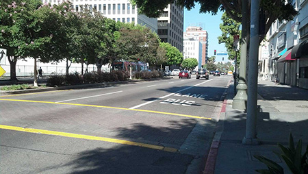 wilshire_bus_lane.jpg