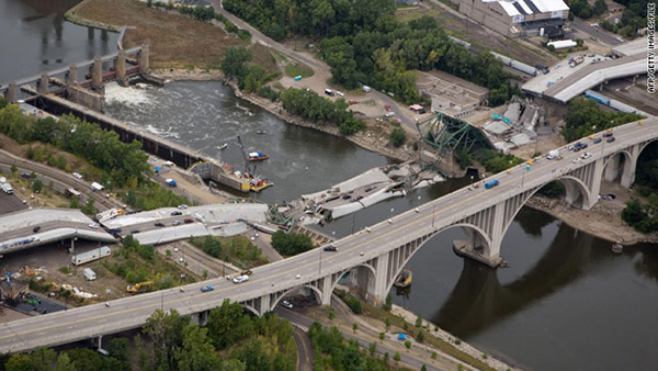 minnesota_bridge_collapse.jpg