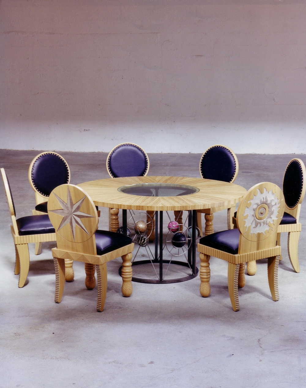 300 dpi_furniture-circle dining.jpg