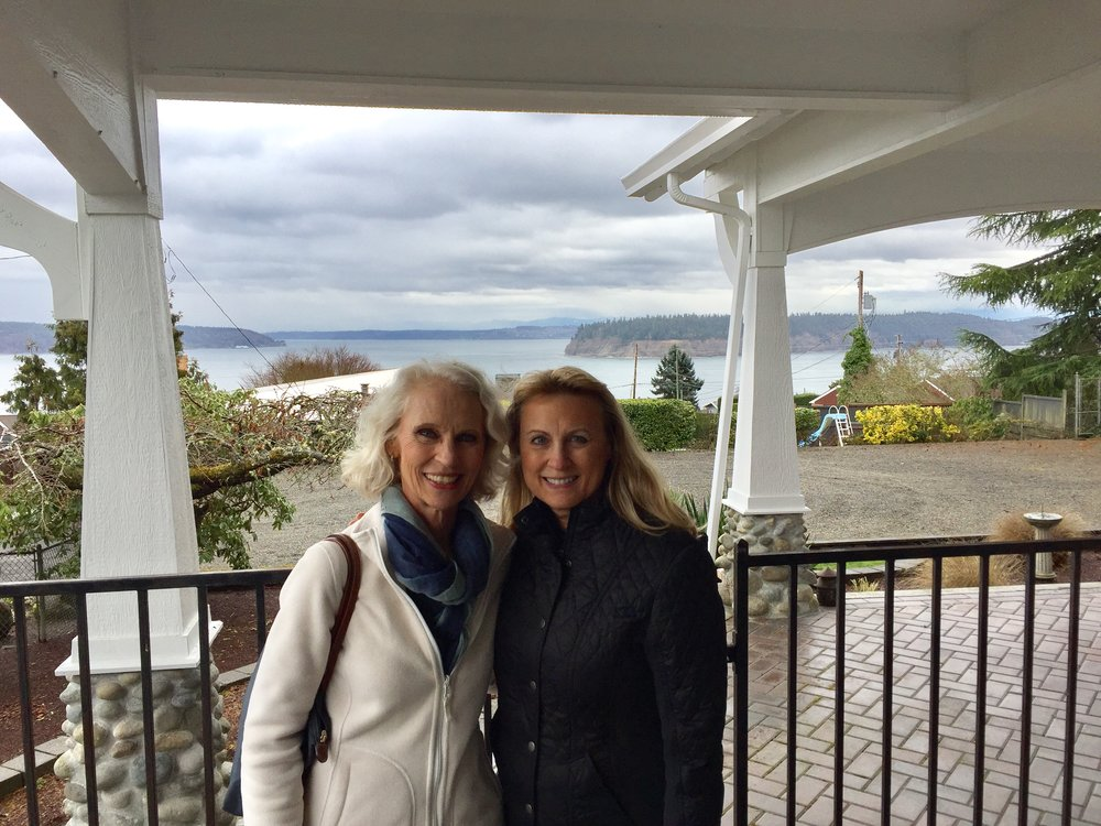 Pam and I on the wrap-around verandah at her spectacular home which has a beautiful view of the sound!! You can watch the ferries go back and forth to Vashon Island!