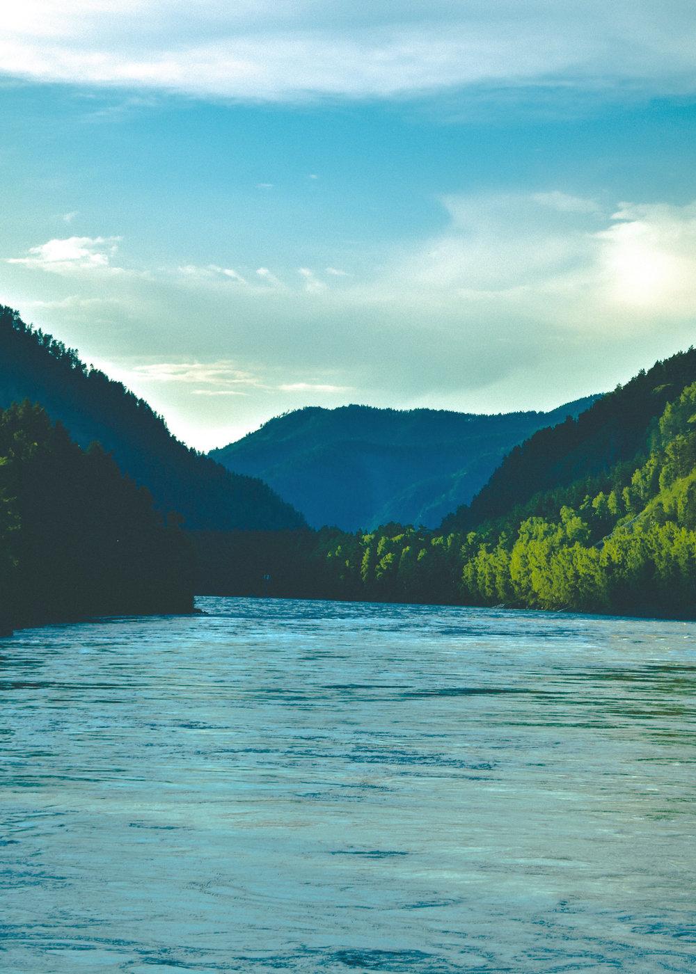 RiverFloat1.jpg