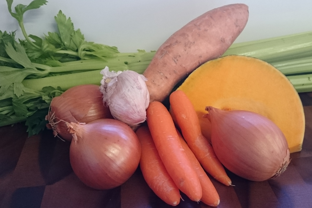 Ingredients for soup    1 large onion  2 - 6 cloves garlic – minced (to suit your taste)  1 – 2 Chillies chopped (to suit your taste)  3cm of grated ginger (or to your taste)  Turmeric root grated (or 1 tspn powdered turmeric)  2 -3 sticks celery  2 large carrots  Whatever vegetables & herbs you have in the fridge. Suggestions include cauliflower, green beans, frozen peas, parsley, thyme, coriander, sage, but whatever you have handy will be fine.  1 can lentils – drained and rinsed.