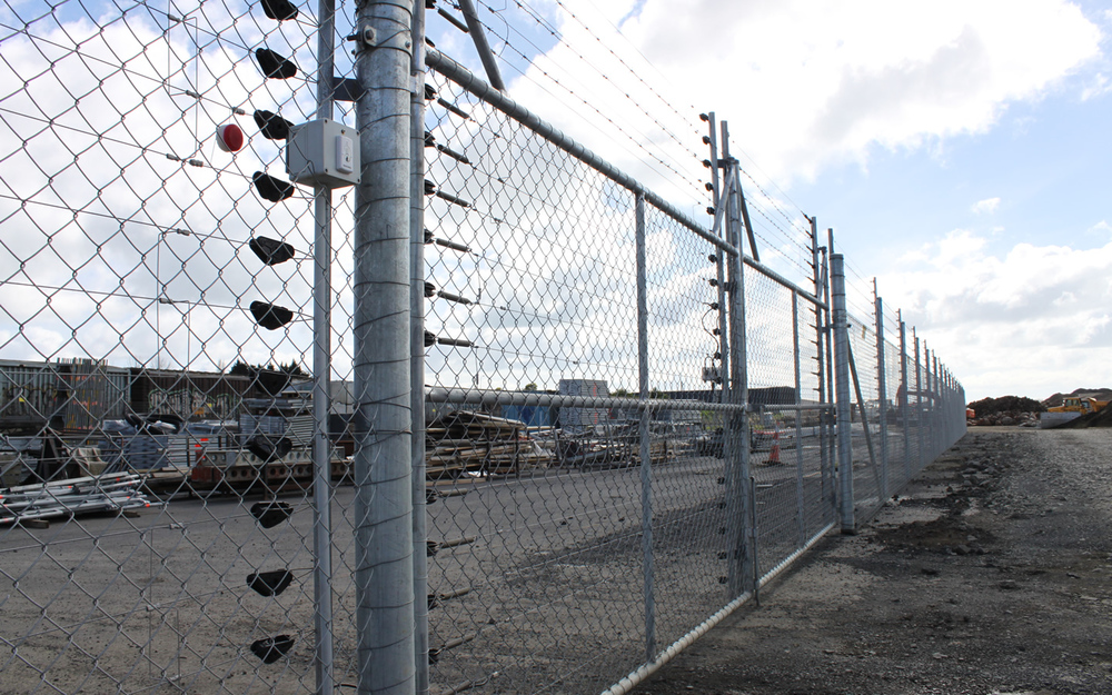 hotfence electric security fencing jpg