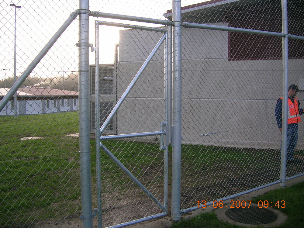 Pipe & Mesh Chainlink