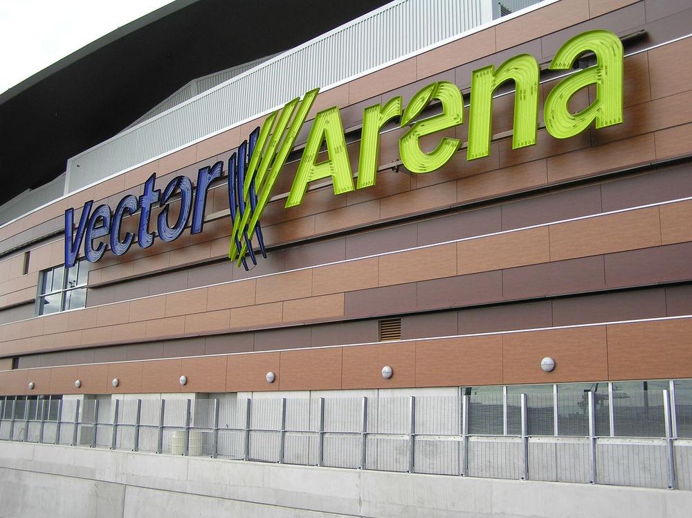 Arena 010.jpg