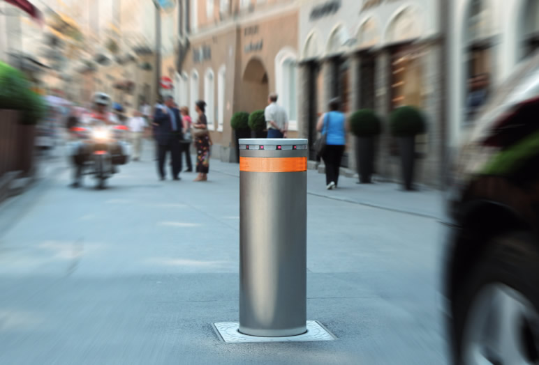 FAAC Retractable Bollards.jpg