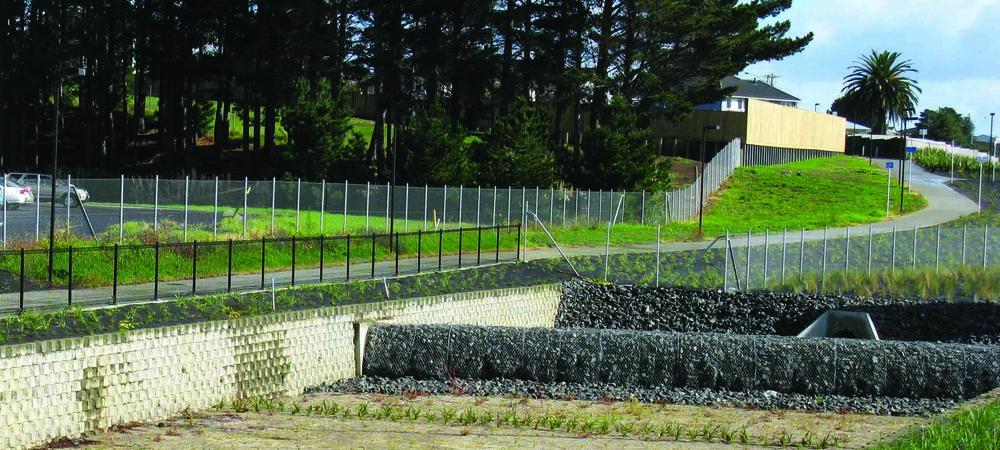 SW Hwy Pan Cycleway Fence - 2.jpg