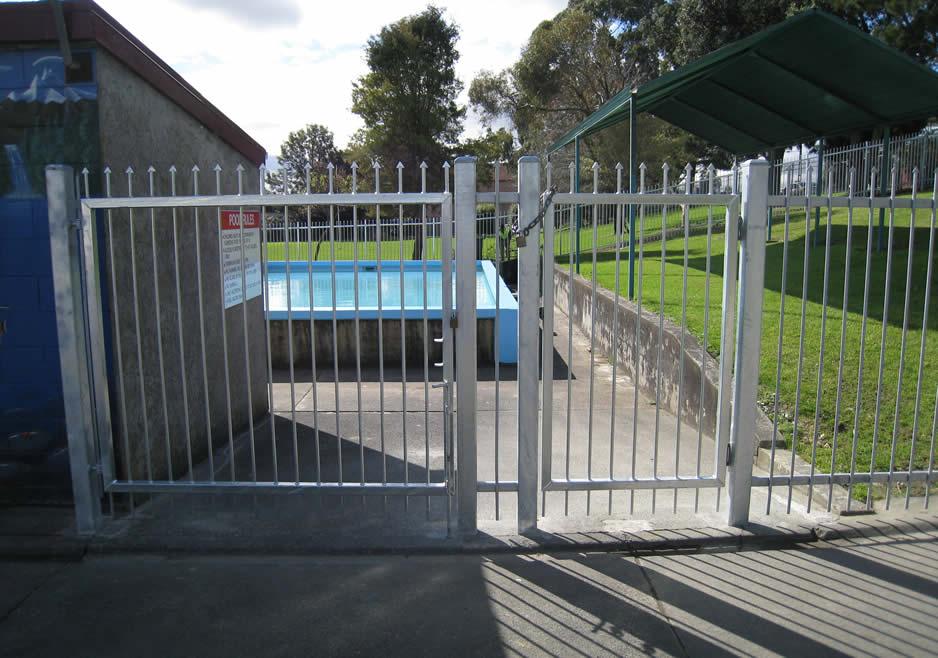 Papakura Central School Pool Fence 2.jpg