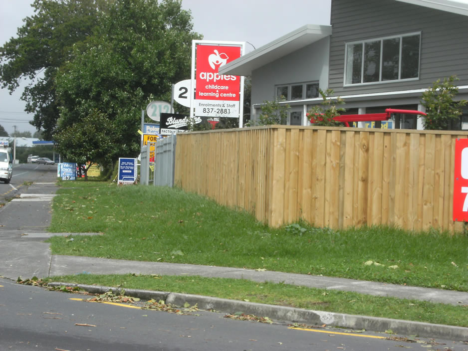 Custom Timber Fence 3.jpg