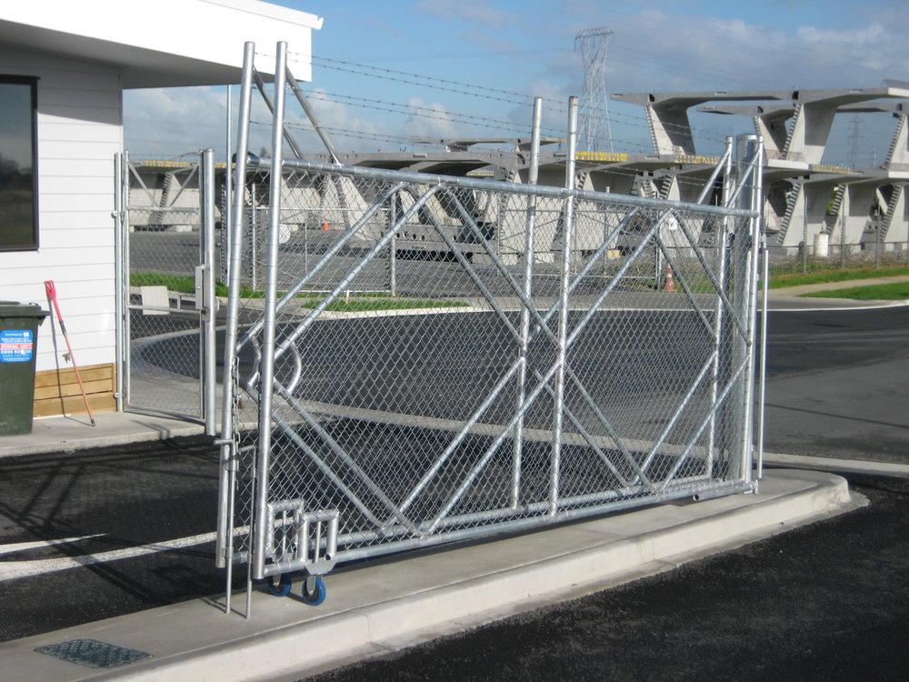 Heritage way gates.jpg