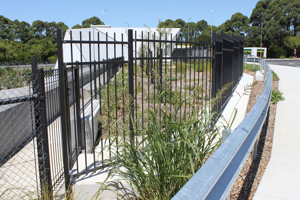 Waterview Connection Custom Fabricated Panel Fencing .jpg