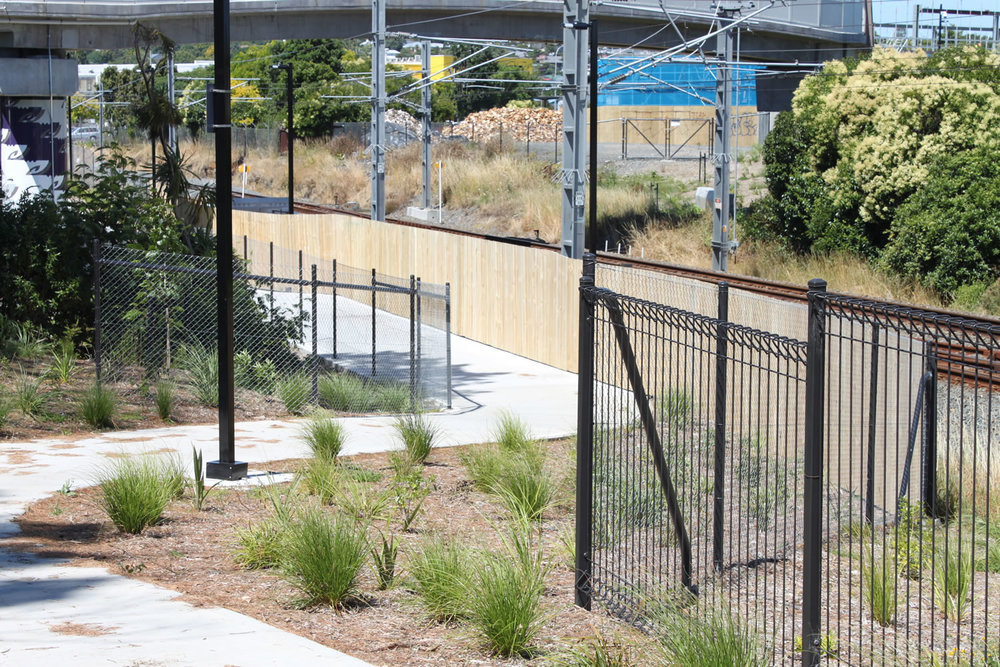 Waterview Connection Quality Fencing Products .jpg