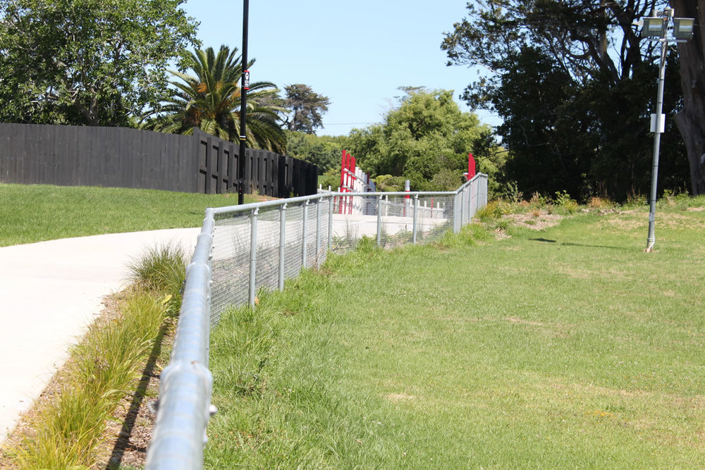 Waterview Connection Shared Cycleway Fencing .jpg