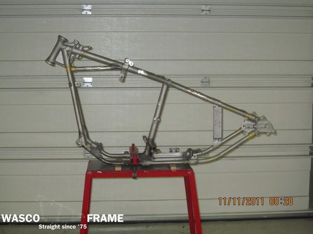 1949-harley-fl-frame.jpg