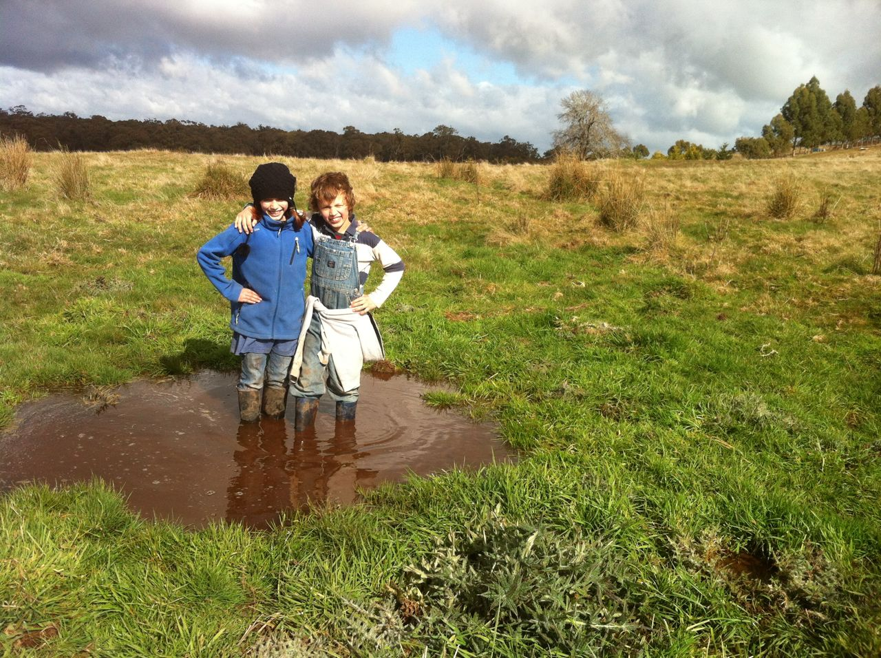 The orsmkids embracing winter on the farm.