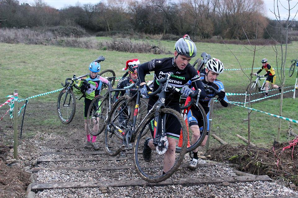 Strength and agility are essential skills for a good cyclo-crosser