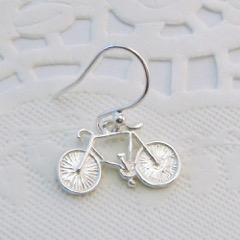 bicycleearringdetail.jpeg