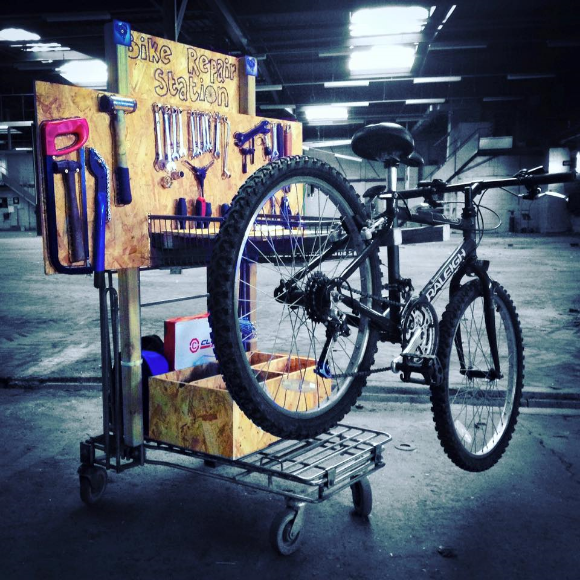 The mobile bike repair station, built out of a shopping trolley, destined for the bicycle distribution centre in Calais